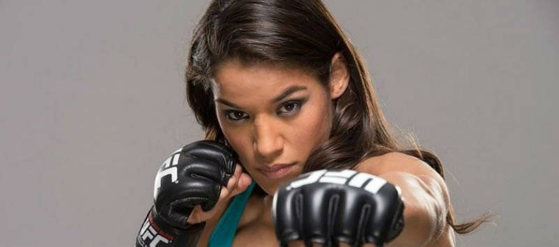 Back Julianna Pena 6/5 with BetVictor