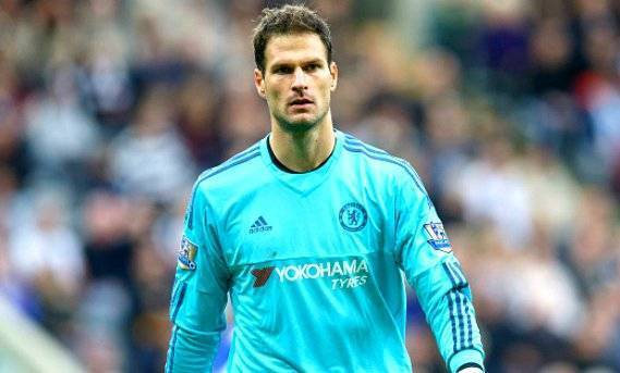 Asmir Begovic goalkeeper for Chelsea in action during the Barclays Premier League match between Newcastle United and Chelsea at St James's Park Park on September 26, 2015 in Newcastle upon Tyne, United Kingdom ,(Photo by Steve Welsh/Getty Images)